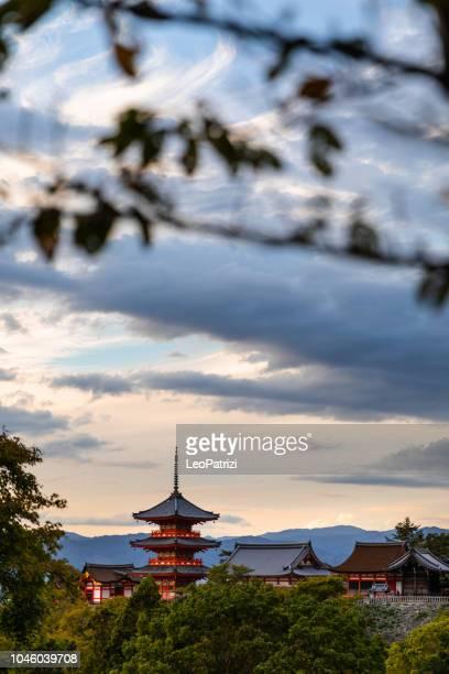 kiyomizu-dera temple in kyoto - kiyomizu dera temple stock photos and pictures