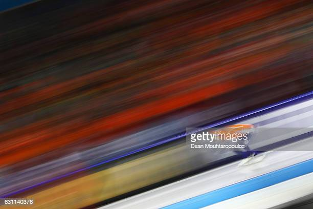 Kjeld Nuis of the Netherlands competes in the 1000m Mens race on Day Two of the ISU European Speed Skating Championships held at the Thialf on...