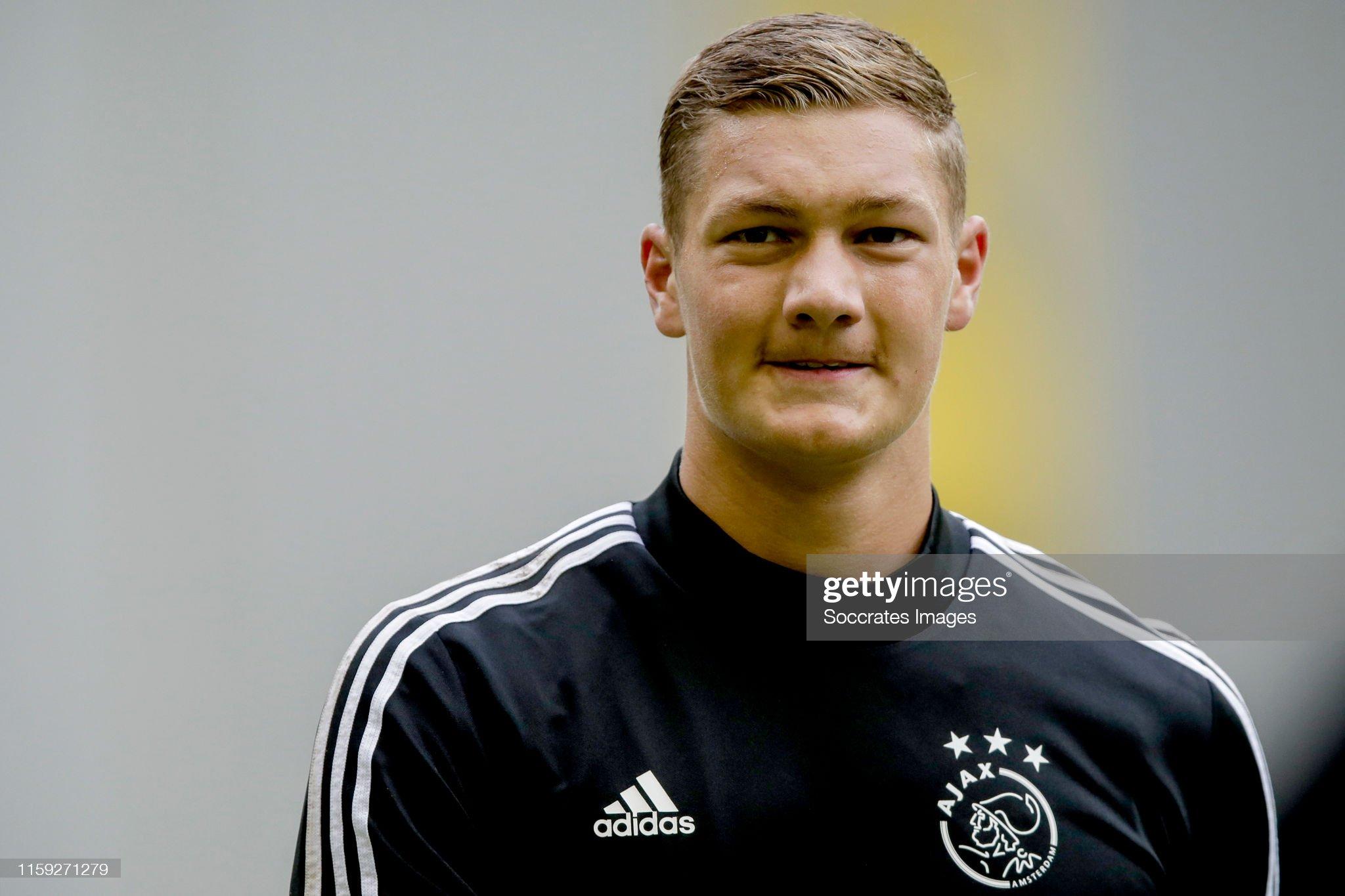 Vitesse v Ajax - Dutch Eredivisie : ニュース写真
