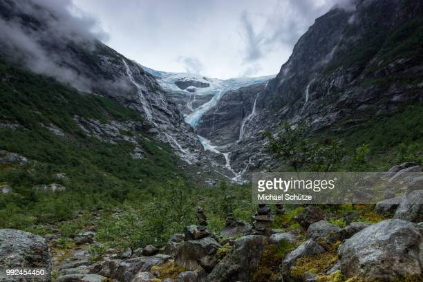 kjenndal - valley stock pictures, royalty-free photos & images
