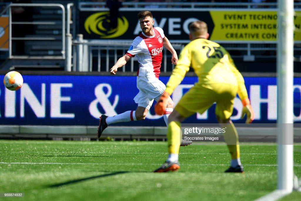 Klaas Jan Huntelaar of Ajax, Ogmundur Kristinsson of Excelsior during the Dutch Eredivisie match between Excelsior v Ajax at the Van Donge & De Roo Stadium on May 6, 2018 in Rotterdam Netherlands