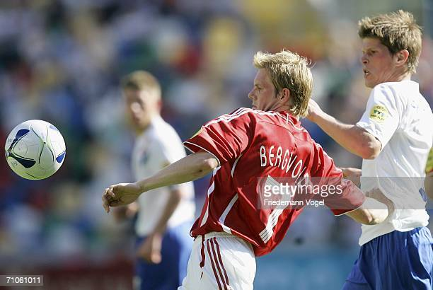 Klaas Jan Huntelaar of Netherlands tussels for the ball with Martin Bergvold of Denmark during the UEFA U21?s Championship Group B match between...