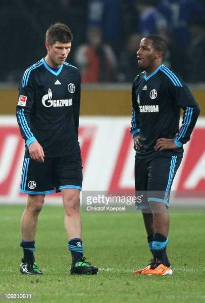 Klaas-Jan Huntelaar of Schalke and Jeffferson Farfan of Schalke look dejected after the Bundesliga match between Borussia Moenchengladbach and FC...