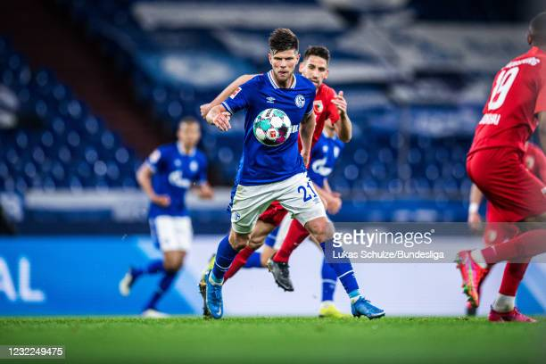 Klaas-Jan Huntelaar of Schalke in action during the Bundesliga match between FC Schalke 04 and FC Augsburg at Veltins-Arena on April 11, 2021 in...