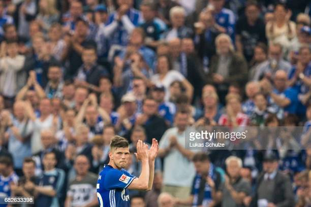 KlaasJan Huntelaar of Schalke leaves the pitch because of a replacement during the Bundesliga match between FC Schalke 04 and Hamburger SV at...