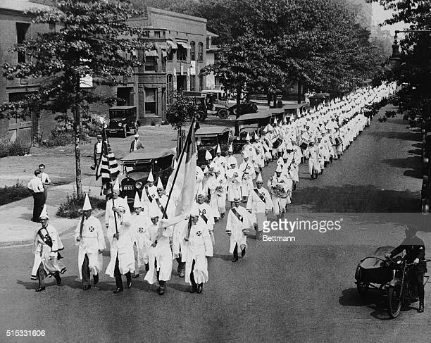 Klan delegation marching to assembling pointFifty thousand Ku Klux Klansmen yesterday demonstrated power of secret body at Washington DC with monster...