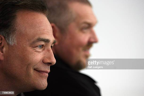 Klaus Behrendt and Dietmar Baer pose at photocall for the 40 Tatort Anniversary on April 24 2007 in Cologne Germany The film is named Hoppe Hoppe...