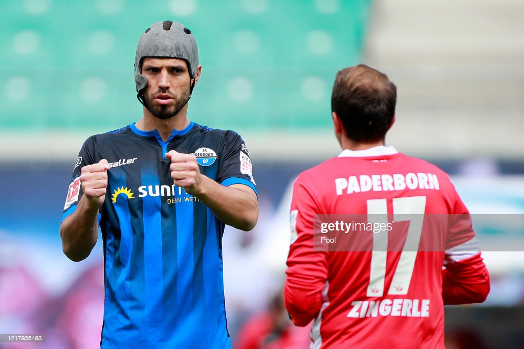 Klaus Gjasula Of Sc Paderborn Warms Up Prior To The Bundesliga Match News Photo Getty Images