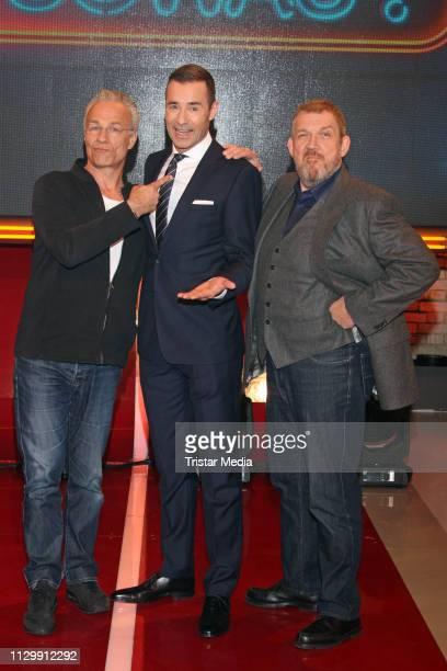Klaus J Behrendt Kai Pflaume and Dietmar Baer during the 'Wer weiss denn sowas XXL' TV show on March 11 2019 in Hamburg Germany