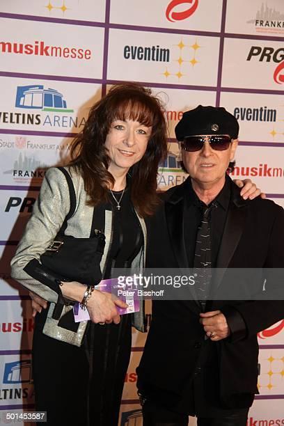 Klaus Meine Ehefrau Gabi 8 Verleihung PRG Live Entertainment Award Festhalle Frankfurt/Main Hessen Deutschland Europa Roter Teppich Preisverleihung...