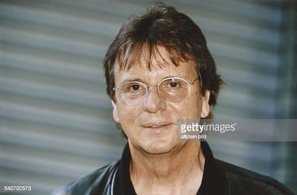 Klaus Wirbitzky ist der Regisseur der TV-Fernsehserie 'Hallo Spencer'. Aufgenommen September 1999.