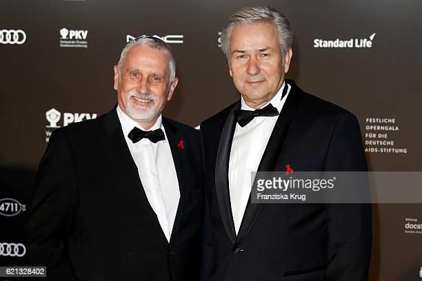 Klaus Wowereit and his husband Joern Kubicki arrive at the 23rd Opera Gala at Deutsche Oper Berlin on November 5, 2016 in Berlin, Germany.