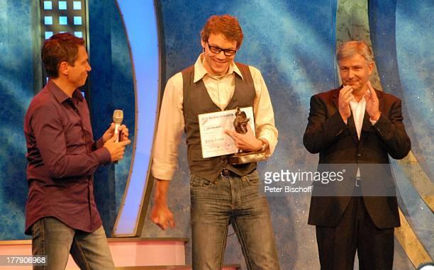 """Klaus Wowereit , Christop Sieber , Dieter Nuhr , Theater-Gala """"Das große Kleinkunstfestival für Kabarett, Comedy und Musik"""" der Wühlmäuse 2010 mit..."""