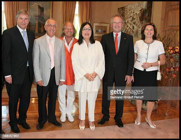 Klaus Wowereit, Mayor of Berlin, Nikitas Kalamanis, Mayor of Athens, Nana Mouskouri and her husband Andre Chapelle, Paul Helminger, Mayor of...