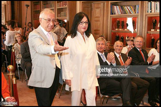 Klaus Wowereit Mayor of Berlin Nikitas Kalamanis Mayor of Athens Nana Mouskouri and her husband Andre Chapelle Paul Helminger Mayor of Luxembourg...