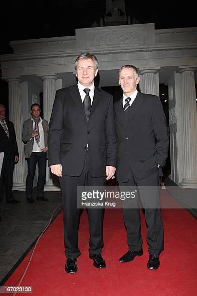 Klaus Wowereit Und Freund Jörn Kubicki Bei Der Ankunft Zum 20 Europäischen Filmpreis Am 011207 In Berlin In Der Arena In Treptow
