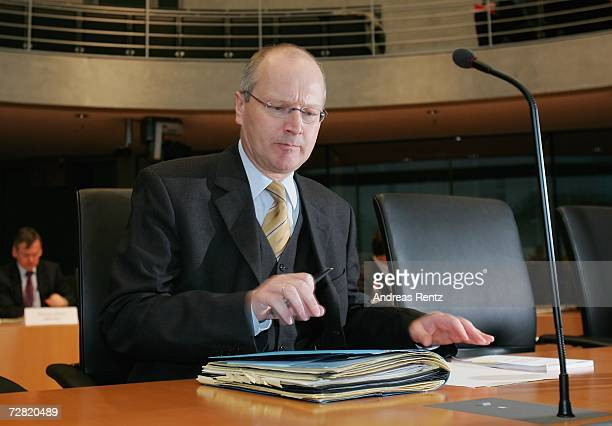 Klaus-Dieter Fritsche, former intelligence service co-ordinator of the Chancellery attends an opening session of Bundestag hearings on Germany's Iraq...
