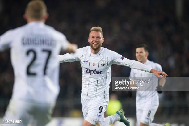 Klauss of Linzer ASK celebrates after scoring on the goal for 4:1 during the UEFA Europa League group D match between LASK and PSV Eindhoven at...