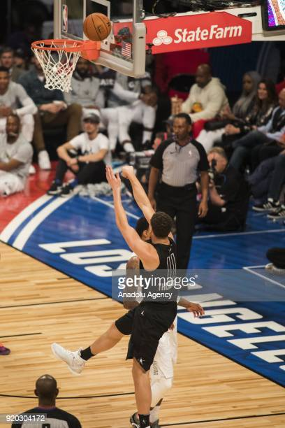 Klay Thompson of Team Stephen shoots a threepointer in the first quarter during the 2018 NBA AllStar Game at the Staples Center in Los Angeles...
