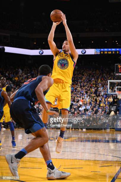 Klay Thompson of the Golden State Warriors drives to the basket during the game against the Oklahoma City Thunder on February 24 2018 at ORACLE Arena...