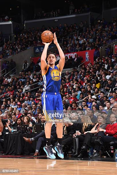 Klay Thompson of the Golden State Warriors shoots the ball against the LA Clippers on December 7 2016 at STAPLES Center in Los Angeles California...