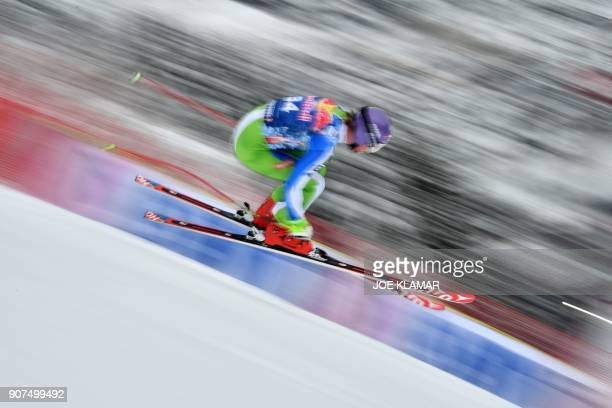 TOPSHOT Klemen Kosi of Slovenia competes in the men's downhill event at the FIS Alpine World Cup in Kitzbuehel Austria on January 20 2018 / AFP PHOTO...