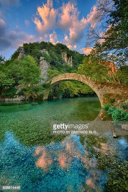 klidhonia's stone bridge 5 - epirus greece stock pictures, royalty-free photos & images