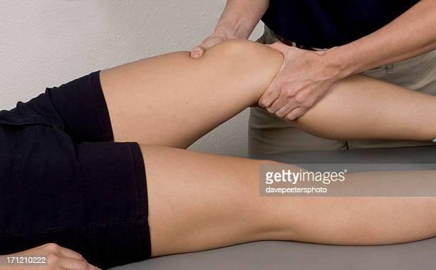 Knie-Massage-Therapie