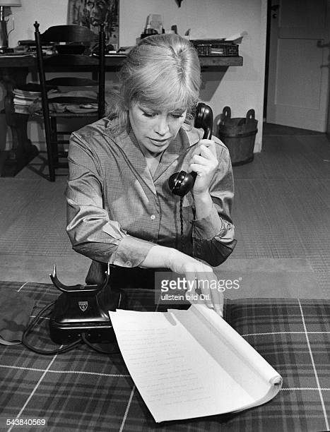 Knef Hildegard actress singer Germany*Scene from Cocteaus tv film 'Die geliebte Stimme' Hildegard Knef at the phone ca 1960 Published by Radio Revue...