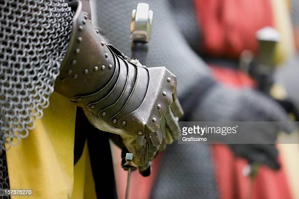 Knight organizar una espada