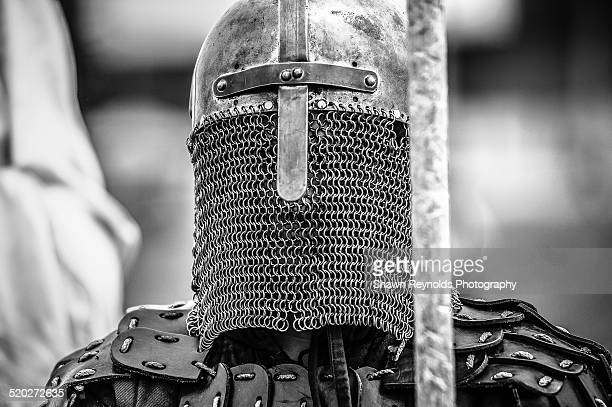 knight in chainmail - arthur stock pictures, royalty-free photos & images