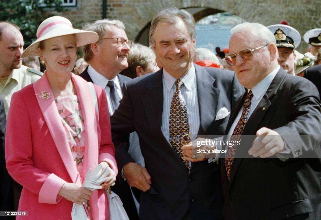 Herzog und dänische Königin besuchen Grenzregion : News Photo