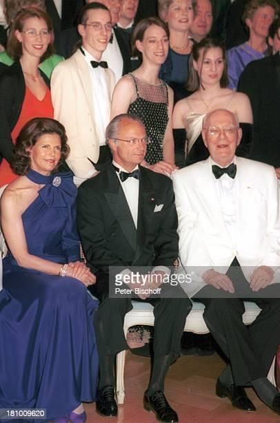 Königin Silvia von Schweden, Ehemann König Carl Gustaf von Schweden, Graf Lennart Bernadotte, , Comtesse Bettina Bernadotte, Graf Christian...