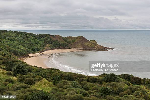 knipe point, cayton bay, scarborough, north yorkshire - bay of water stock pictures, royalty-free photos & images