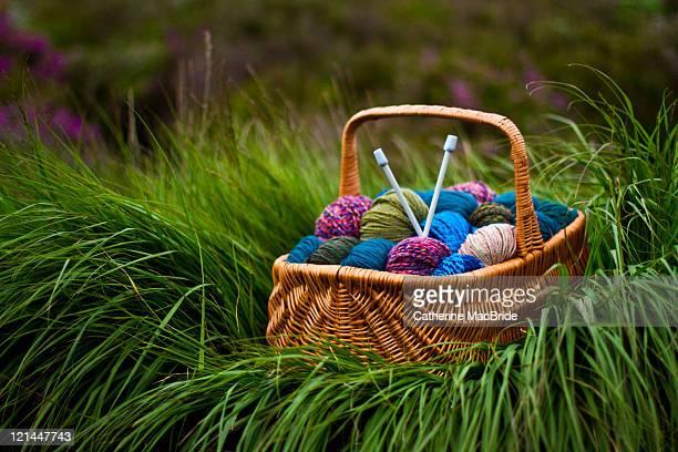 knitting natures colours - catherine macbride fotografías e imágenes de stock