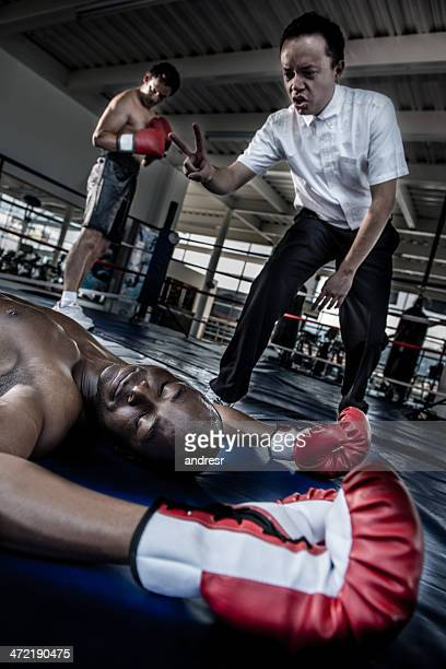 Knock out at the boxing ring
