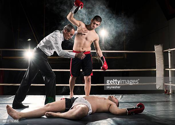 knockout! - knockout stock pictures, royalty-free photos & images