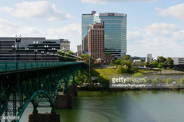 knoxville skyline and henley bridge - knoxville tennessee stock pictures, royalty-free photos & images