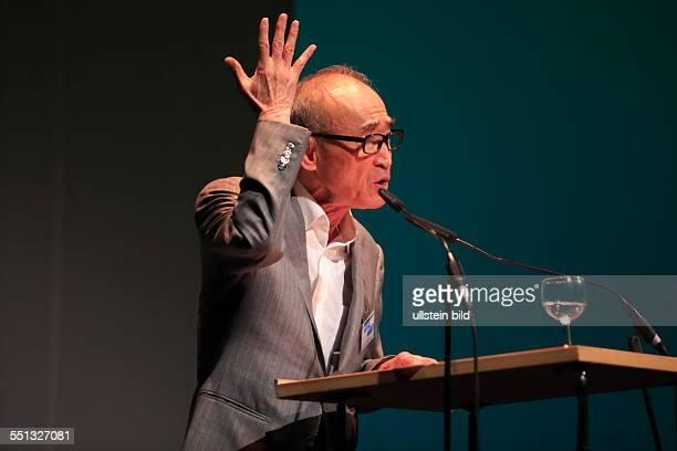 Ko Un Poet Südkorea Weltklang Nacht der Poesie 15 poesiefestival berlin