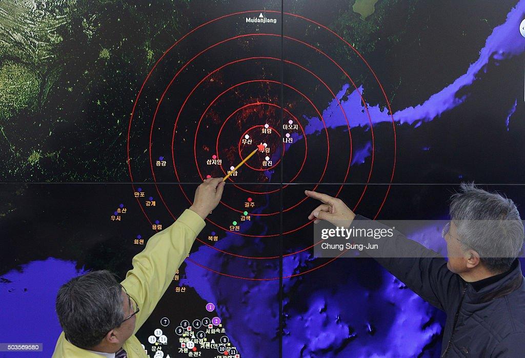South Korea Reacts As North Korea Confirms Hydrogen Bomb Test : News Photo