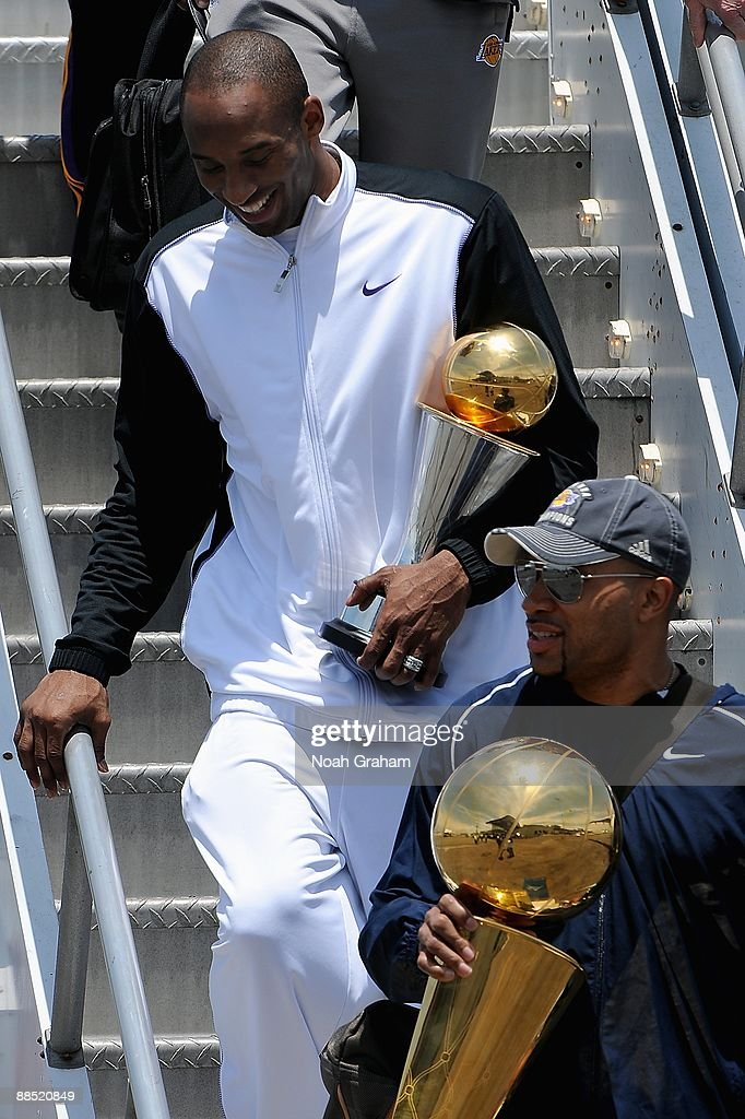Los Angeles Lakers Arrive At LAX After NBA Finals Win : News Photo