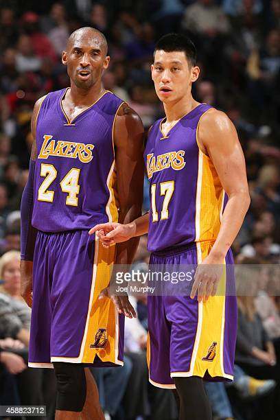 Kobe Bryant and Jeremy Lin of the Los Angeles Lakers during the game on November 11, 2014 at FedEx Forum in Memphis, Tennessee. NOTE TO USER: User...