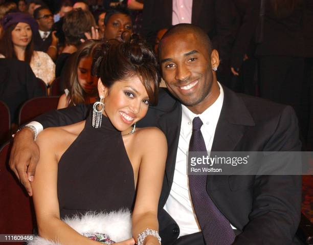 Kobe Bryant and wife Vanessa during 32nd Annual American Music Awards Backstage and Audience at Shrine Auditorium in Los Angeles California United...