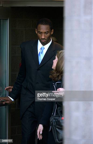 Kobe Bryant leaves the Eagle County Justice Center with his attorney Pamela Mackey April 26 2004 in Eagle Colorado Bryant is accused of sexually...