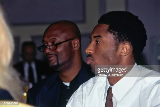 Kobe Bryant of the Los Angeles Lakers and his father Joe Bryant look on circa 1999 at the Great Western Forum in Inglewood California NOTE TO USER...