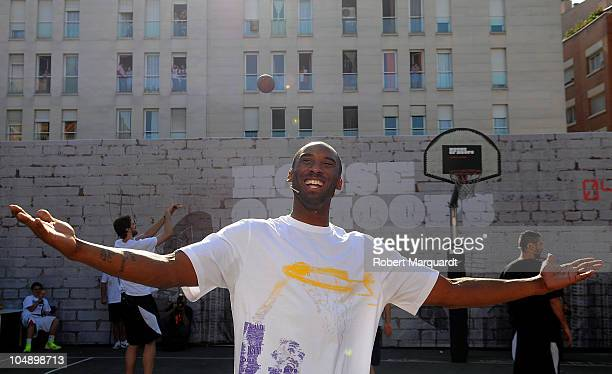 Kobe Bryant of the Los Angeles Lakers attends the 'House of Hoops' contest by Foot Locker on October 6, 2010 in Barcelona, Spain.