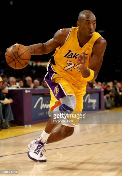 Kobe Bryant of the Los Angeles Lakers drives against the New York Knicks on December 16 2008 at Staples Center in Los Angeles California The Lakers...