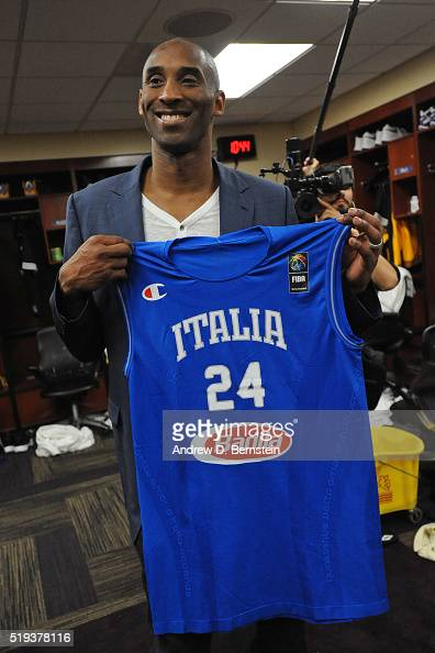Kobe Bryant of the Los Angeles Lakers gets an Italian Soccer ...