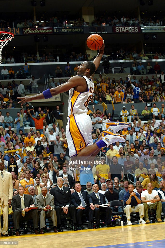 Game one of the 2004 NBA Finals : News Photo