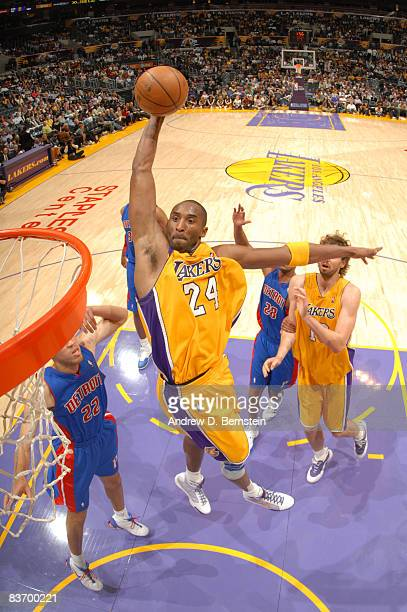 Kobe Bryant of the Los Angeles Lakers goes up for a dunk against the Detroit Pistons at Staples Center on November 14, 2008 in Los Angeles,...